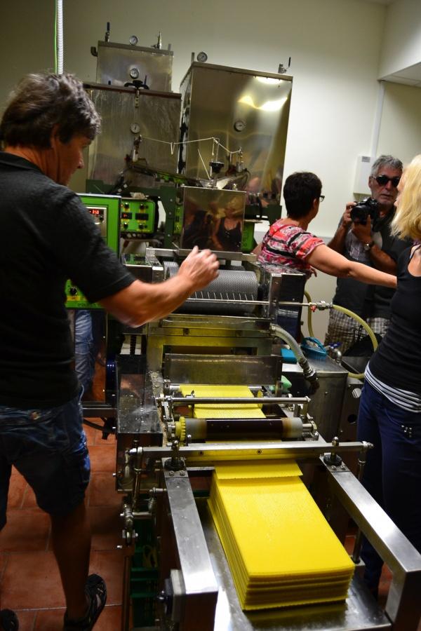 La machine à gaufrer la cire
