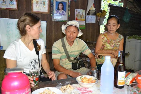 Au centre notre guide Chan