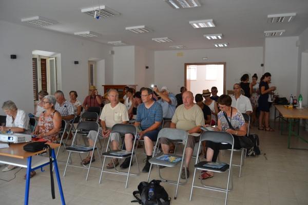 """Les apiculteurs à la conférence sur l""""apiculture dalmate"""