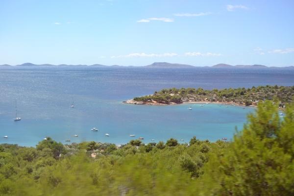 La cote dalmate et les iles Cornati à l'horizon.
